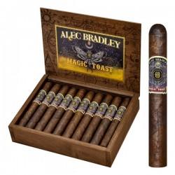 Alec Bradley Magic Toast Toro einzelne Zigarre und offene Kiste im Hintergrund